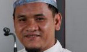 Sekilas Batas : PERJALANAN ABDUL AZIZ LAIA DALAM MENEMUKAN ISLAM III